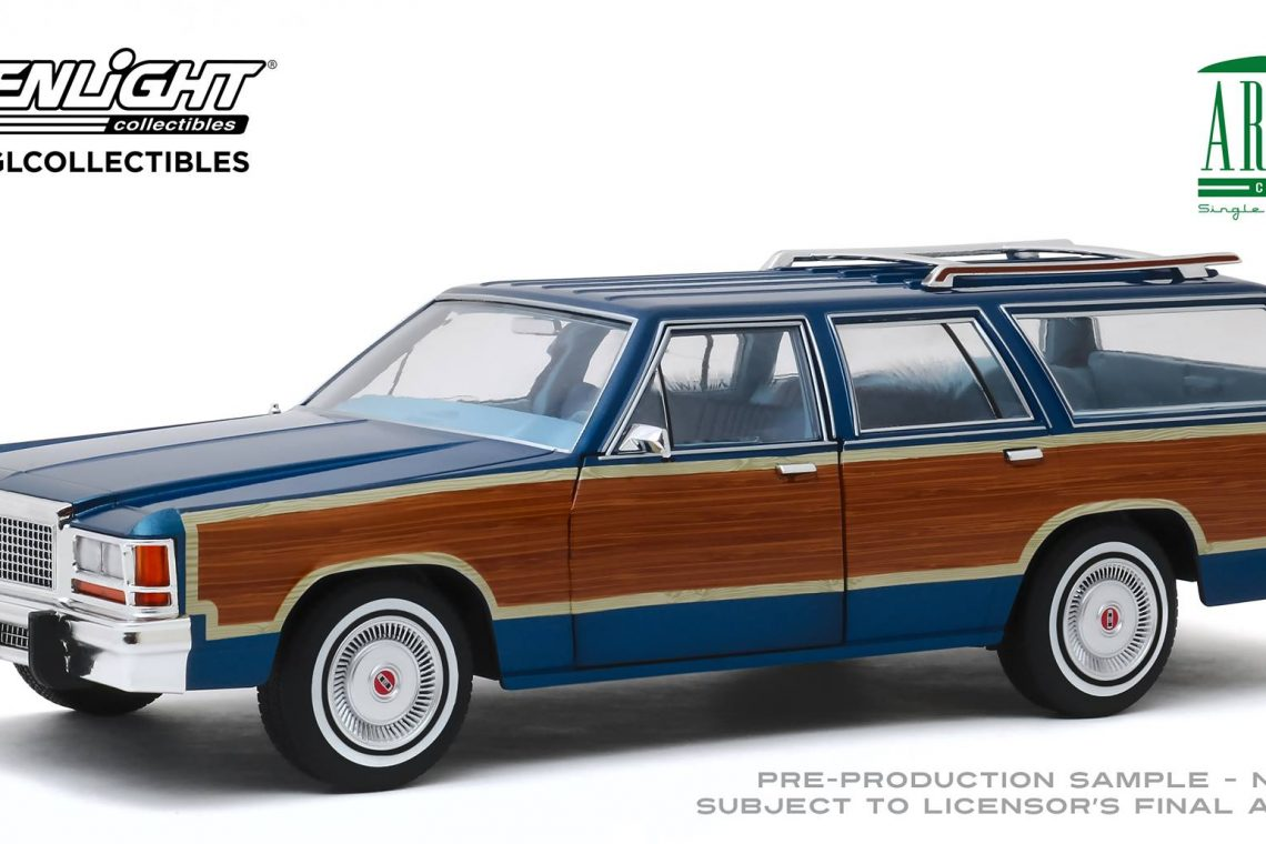 Ford LTD Country Squire greenlight artisan 1:18