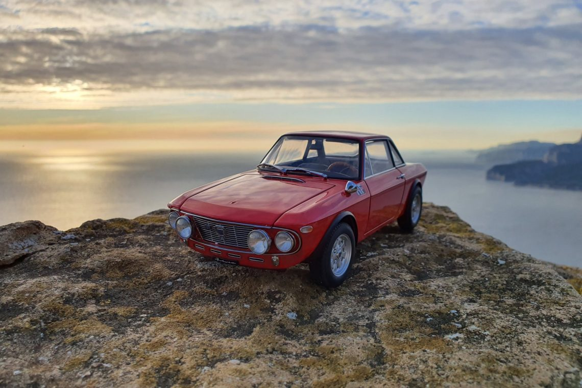 Lancia fulvia 1.6HF fanalone autoart 1:18