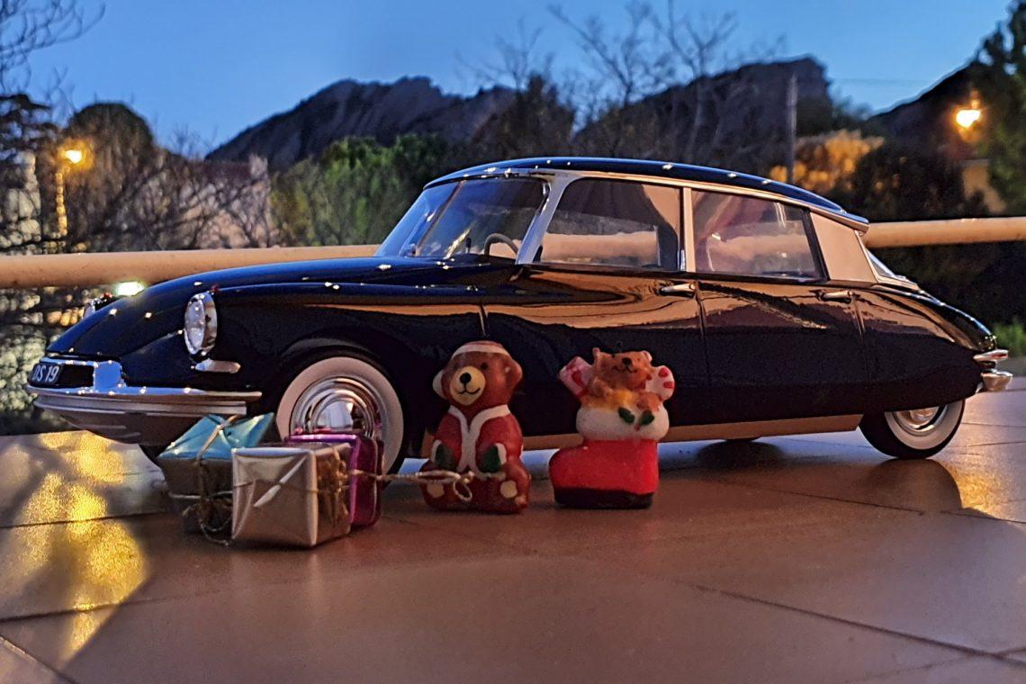 Joyeux Noel Bonne année lesminisdemarc ds citroen norev