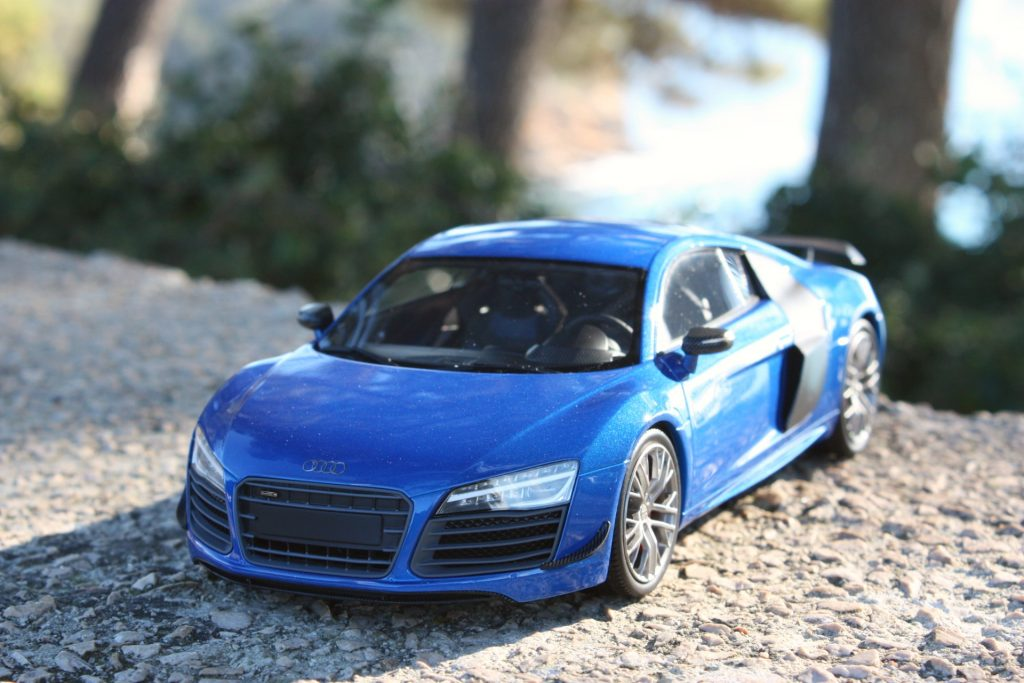 Audi r8 lmx dna collectibles 1:18