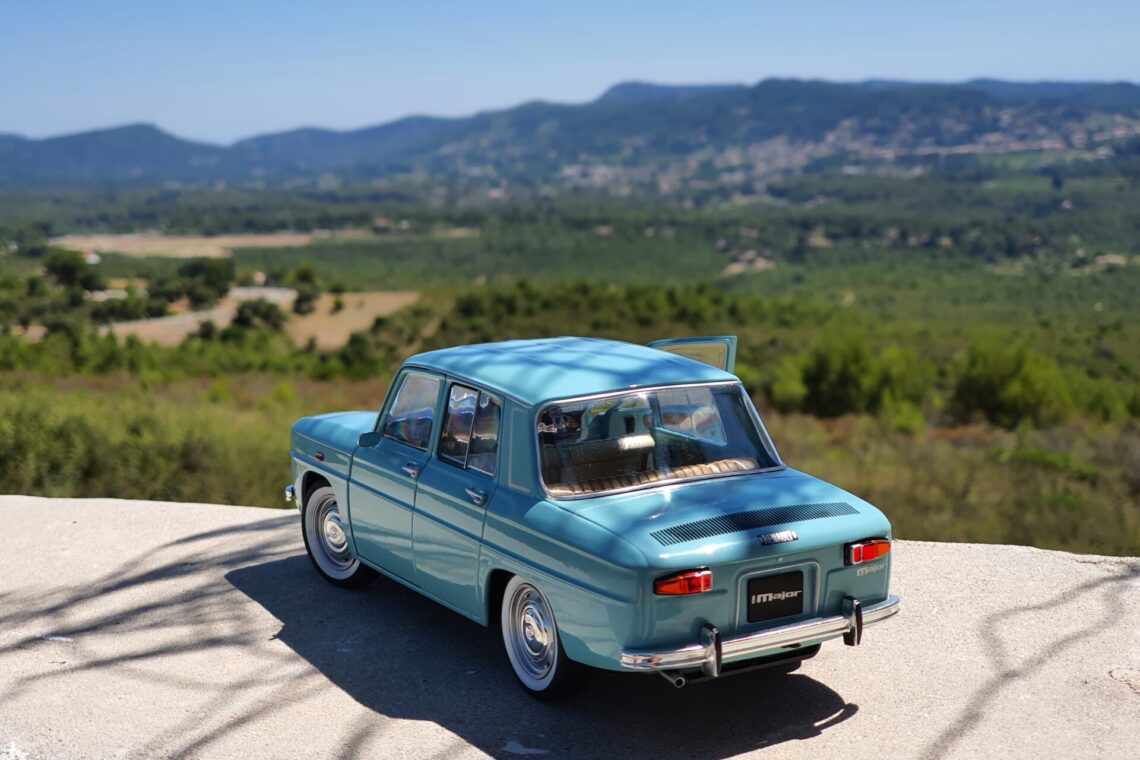 Renault 8 major 1:18 solido