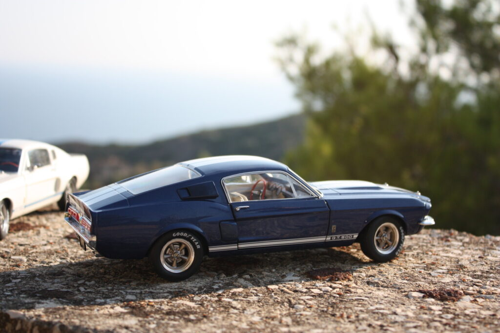 Ford Mustang Shelby GT500 solido 1:18