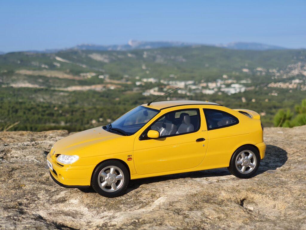 Renault megane coupé mk1 1:18ème ottomobile