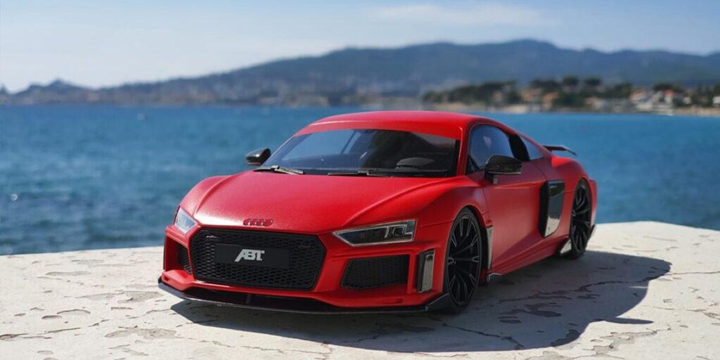 Quand une R8 ne suffit pas, ABT est là ! Présentation de l'Audi R8 V10 + ABT par GtSpirit au 1:18ème