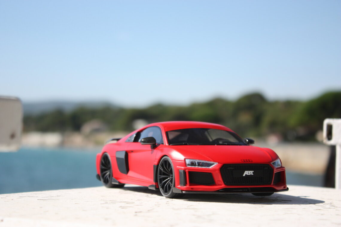 Audi R8 v10 plus abt 1:18 gtspirit