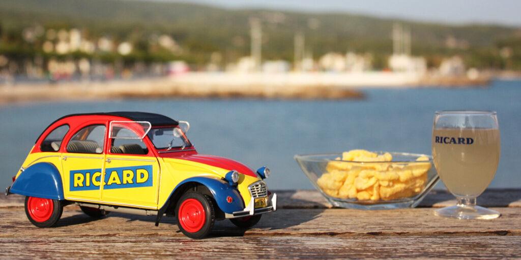 L'automne est là mais prolongeons un peu l'été avec la Citroën 2cv6 Anisée par Solido