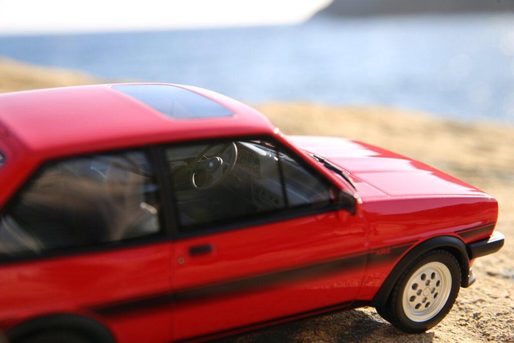 Ford fiesta xr2 mk1 1:18 ottomobile