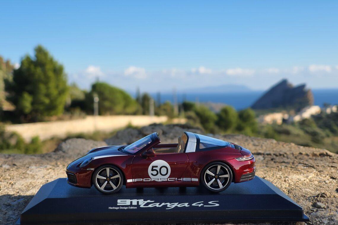 porsche 911 992 targa 4s heritage edition exclusic manufaktur 1:43 minichamps