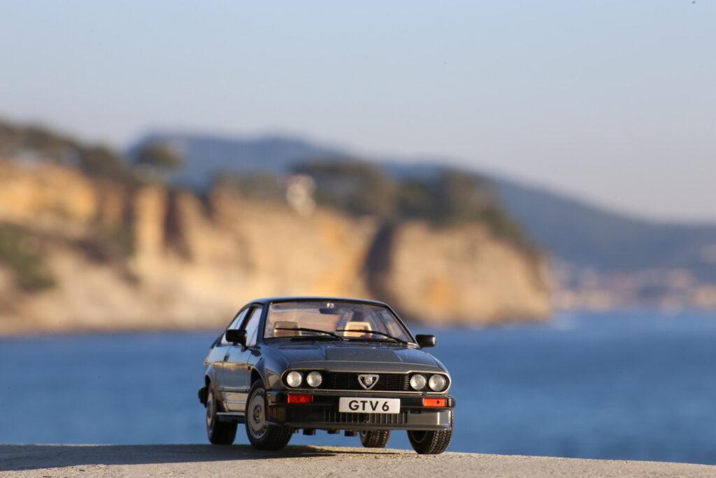 Alfa Roméo GTV6 Silver 1:18 Solido