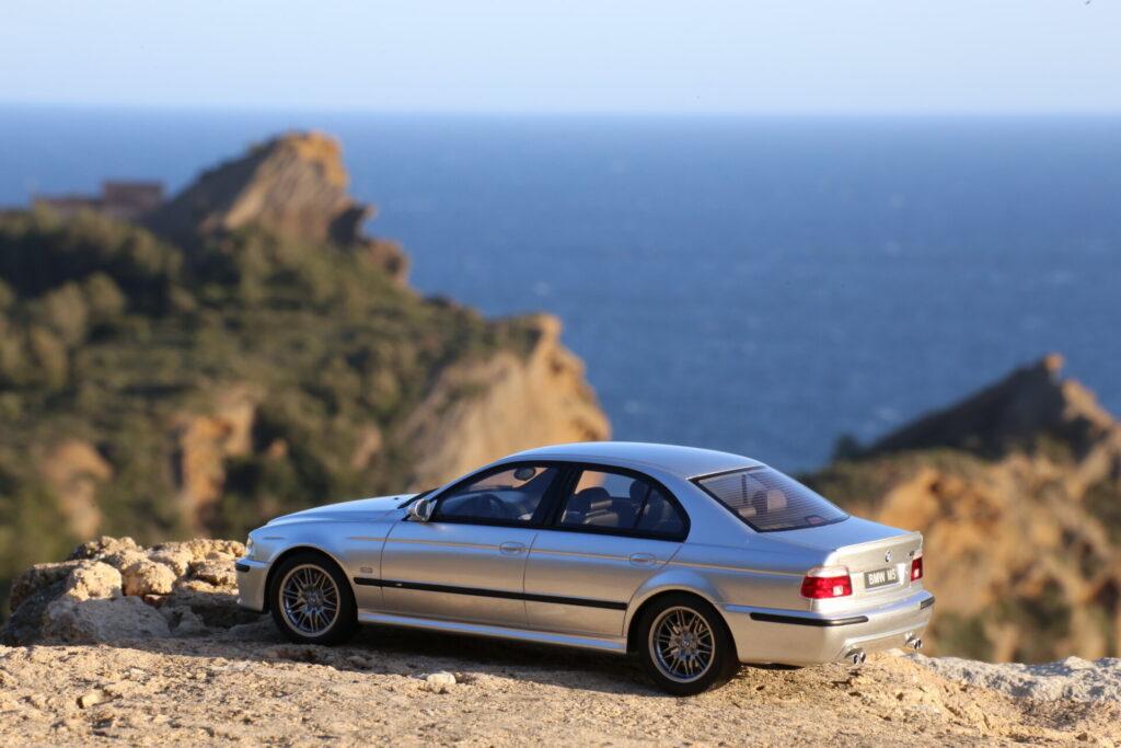 BMW M5 E39 1:18ème ottomobile