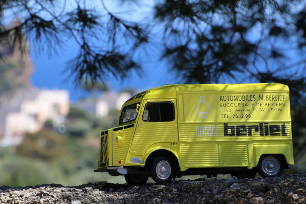Citroën type hy service berliet 1:18 solido